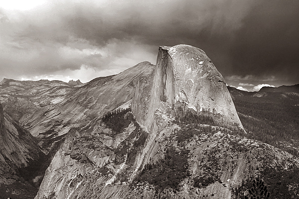 Half Dome, view from Glacier Point, Yosemite NP. Click the image to continue.